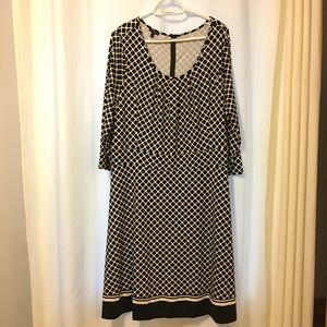 Talbots 3/4 sleeve Black/White Scoop Neck Dress